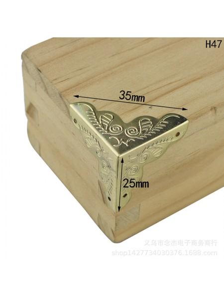 Уголки для шкатулок 25*25*25 мм с гвоздиками, 4шт,золото