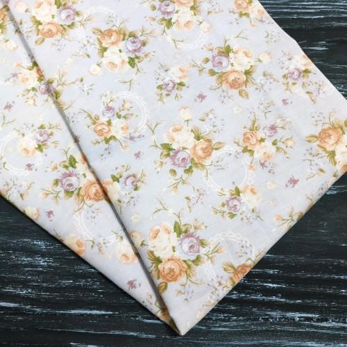 Отрез(сатин),размер 50*50см. букетики роз на сером,цена за отрез