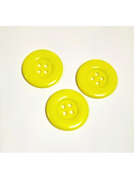 Пуговица большая на 4 прокола, цв-желтый, 30мм, цена за 1 шт