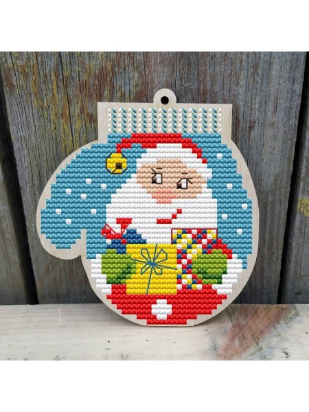 """Основа для вышивания по дереву """"Варежка-Дед мороз"""",Размер 10*10,5см"""
