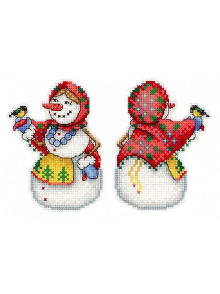 Набор для вышивания на пластиковой канве МП Студия 'Снеговушка' 11*8см
