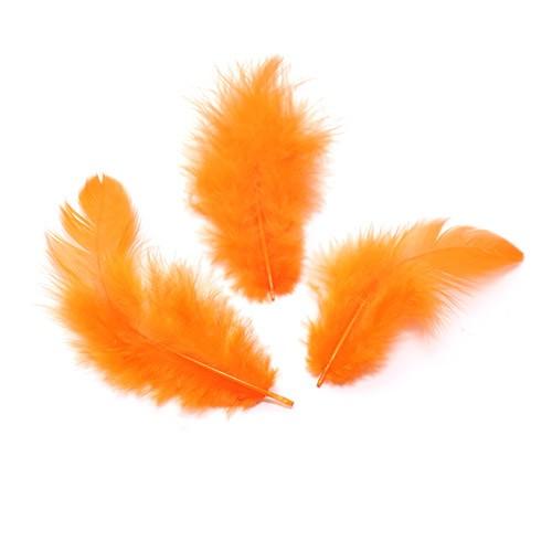 Перья декоративные,цв-оранжевый.цена за уп-6гр