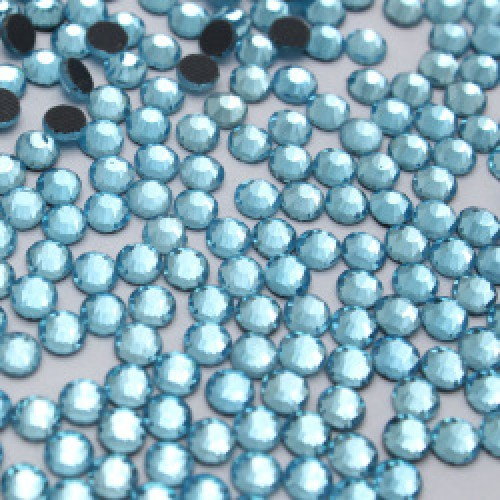 Стразы термоклеевые DMC-SS-16-голубые,№10,цена за 10 шт