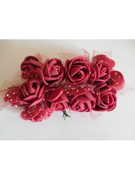 Букетик роз  с фатином,цв-бордо