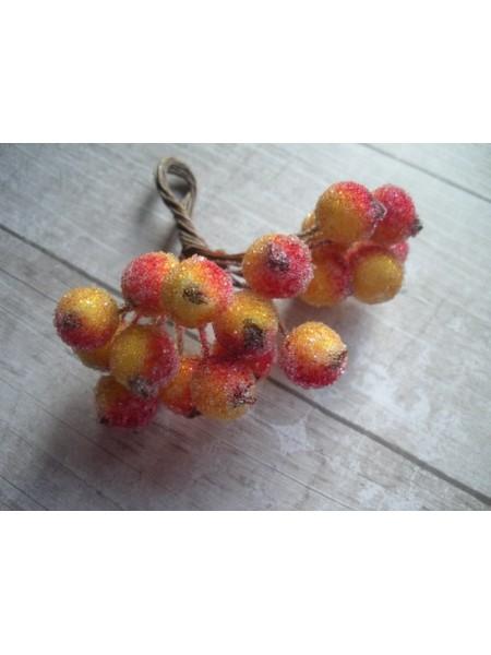 Ягодки зимние, жёлто-красные, цена за 20шт