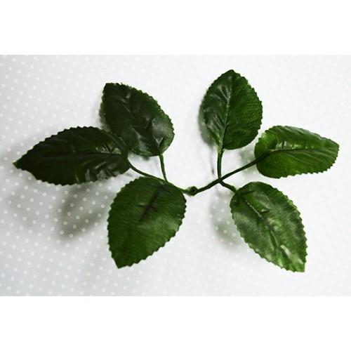 Листья розы декоративные,цена за розетку