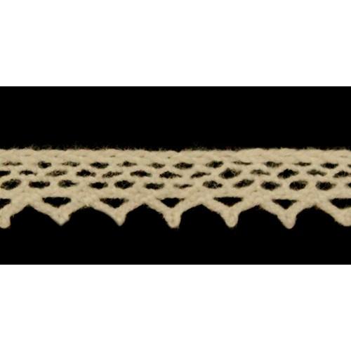 Кружево вязанное, хлопок,0,8см.цв бежевый,002-02.цена за 1 м
