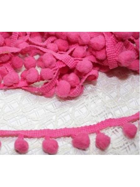 Тесьма с помпончиками тёмно-розовая,цена за 1 метр
