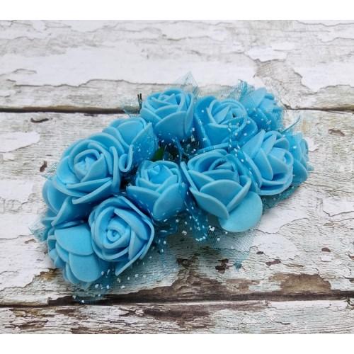 Букетик роз  с фатином,цв-голубой