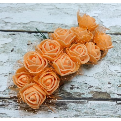 Букетик роз  с фатином,цв-оранжевый