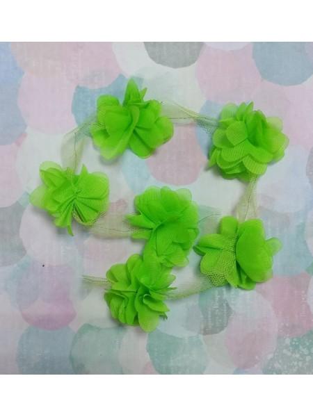 Шифоновые цветы на ленте салатовые,цена за 1 м