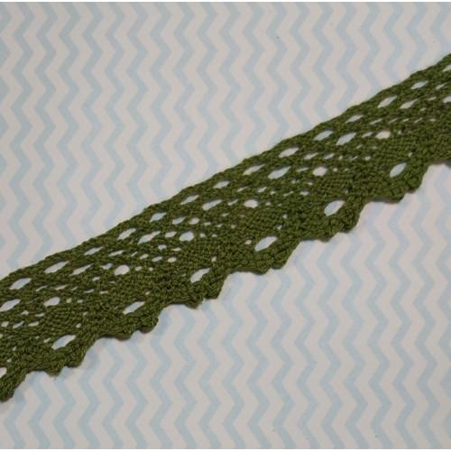 Кружево вязанное ажурное,цв-зелёный,25мм,цена за 1 метр