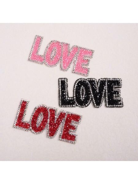 Термоаппликация стразовая -Love,цв-красный,размер 8,5*4см