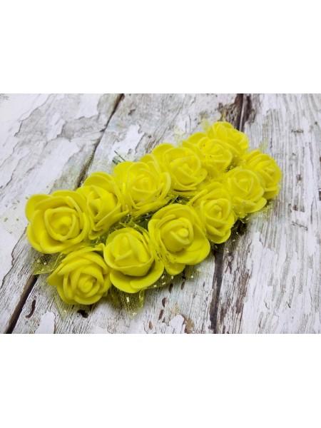 Букетик роз  с фатином,цв-жёлтый