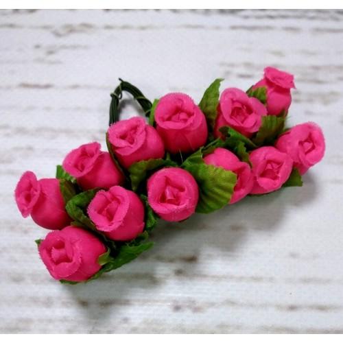Букетик тканевых розочек, цвет малиновый