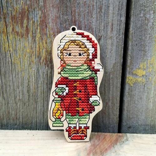 """Основа для вышивания по дереву """"Зимние забавы-девочка"""",Размер 9*7см"""