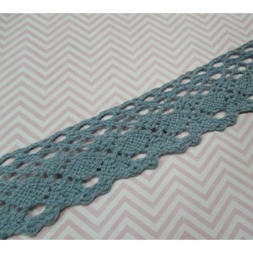Кружево вязанное ажурное,цв-серо-голубой,25мм,цена за 1 метр