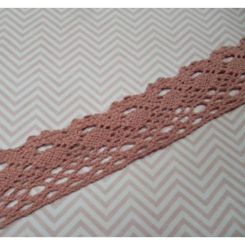 Кружево вязанное ажурное,цв-пыльно-розовый,25мм,цена за 1 метр