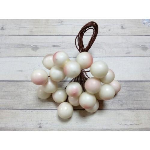 Ягодки глянцевые,жемчужно-розовые, цена за 20шт