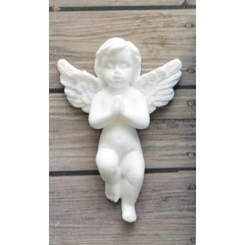 Фигурка из полимерной глины-Молящийся ангел , цв-белый